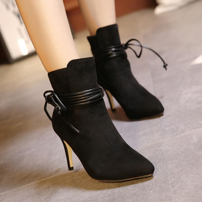 Style m1018846 Women Boots