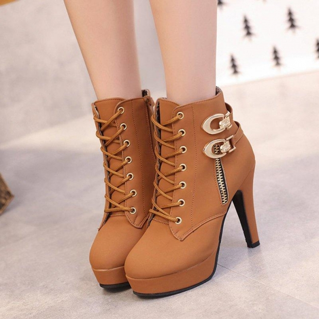 Style CTP300650 Women Boots