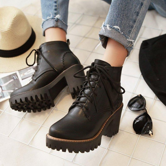 Style CTP245221 Women Boots