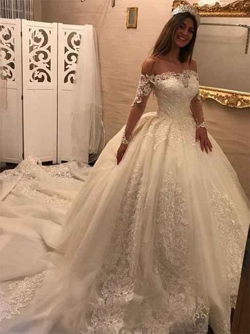 Gorgeous Tulle Off-the-Shoulder Lace Wedding Dresses Long Sleeves Appliques Cathedral Train Bridal Gowns