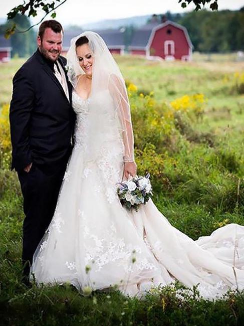 Glamorous Spaghetti Straps Court Train Sleeveless Tulle Wedding Dresses | Bridal Gowns On Sale