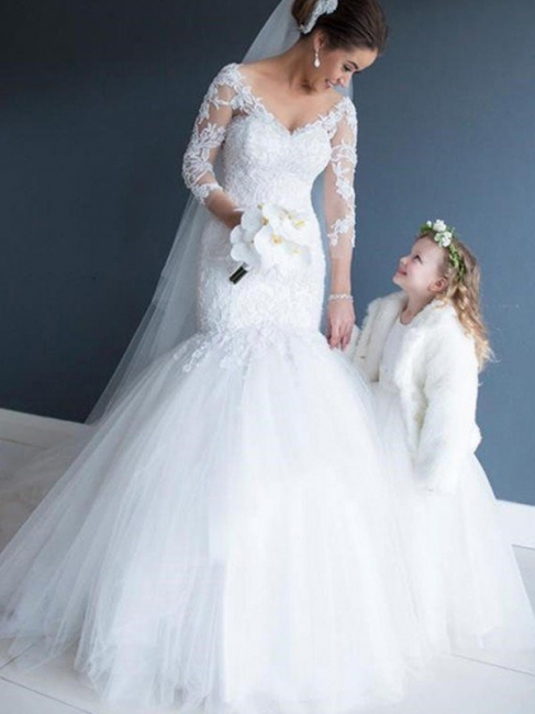 Glamorous Tulle V-Neck Lace Mermaid White Wedding Dresses 3/4 Sleeves Appliques Bridal Gowns with Court Train