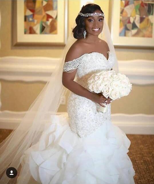 Unique Off-the-Shoulder Mermaid Lace Appliques Wedding Dress | Bridal Gowns Online