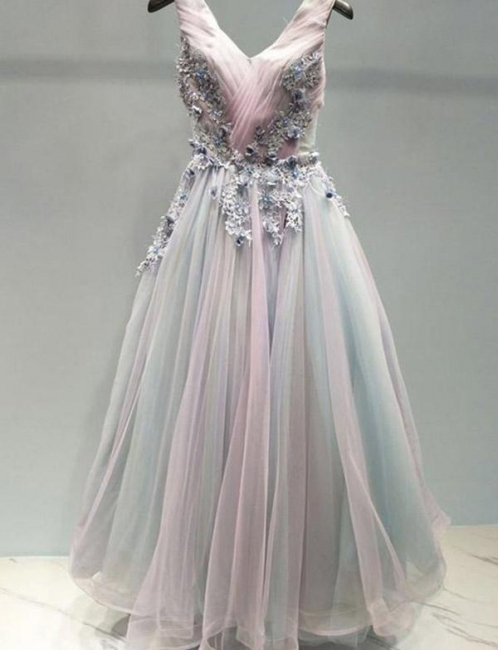 Stunning Flattering with Lace Appliques Spaghetti Straps Soft Tulle Long-Length Elegant Prom Dress Online | Suzhoudress UK