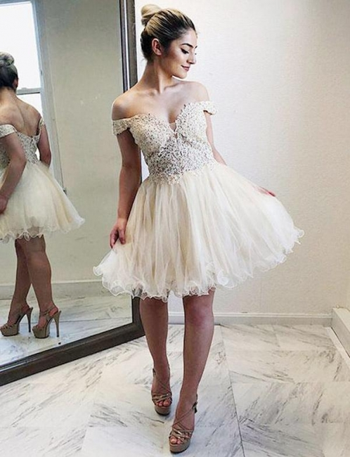 Fashion Tulle Flattering A-line Appliques Off-the-Shoulder Short Homecoming Dress
