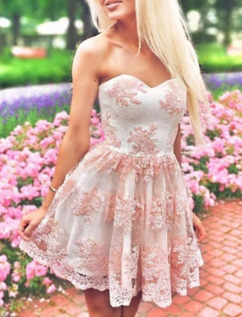 Modern Appliques Flattering A-line Elegant Lace Different Sweetheart Short Homecoming Dress