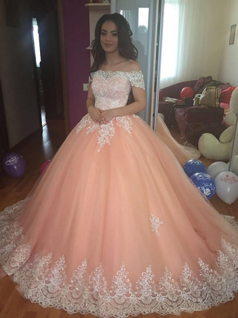 Elegant Off-the-Shoulder Appliques Prom Dresses Puffy Tulle Evening Gowns