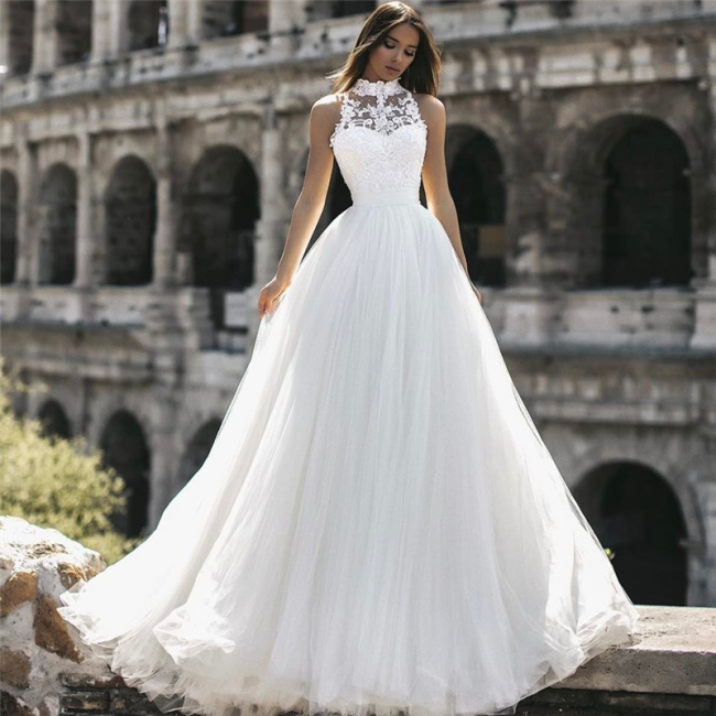 Affordable Tulle High-Neck Lace A-Line Wedding Dresses Sleeveless Appliques Bridal Gowns Online