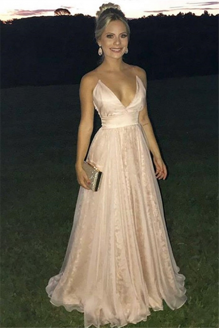 Gorgeous Fitted V-Neck Spaghetti Straps Sleeveless Tulle Evening Dresses Online   New Styles