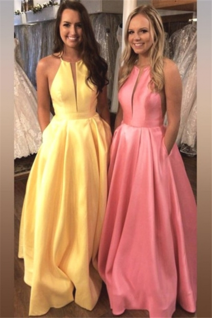 Glamorous Halter Ruffles Prom Dresses Sleeveless Sexy Evening Dresses with Pocket