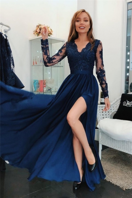Lace Appliques V-Neck Prom Dresses | Side slit Sleeveless Evening Dresses with Beads