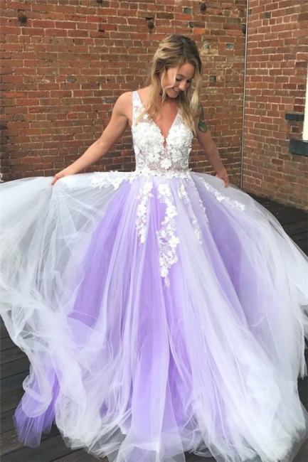 Lace Appliques V-Neck Prom Dresses   Sheer Sleeveless Evening Dresses