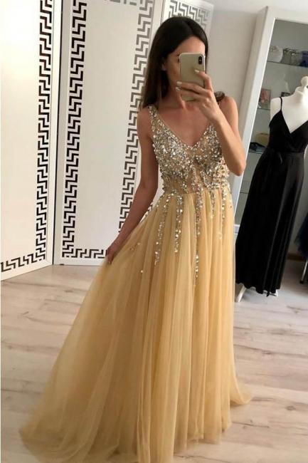 Glamorous Lace Appliques V-Neck Crystal Prom Dresses | Backless Sleeveless Evening Dresses