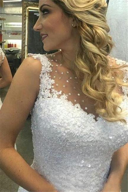 Sleeveless Beaded White Short Lace Chic A-line Wedding Dresses