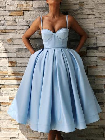 Spaghetti-Straps Sweetheart Knee-Length Homecoming Dress