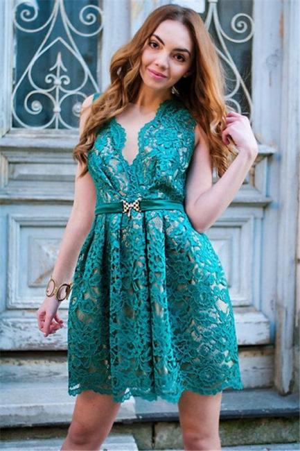Sttlish Lace Sleeveless V-Neck Homecoming Dress