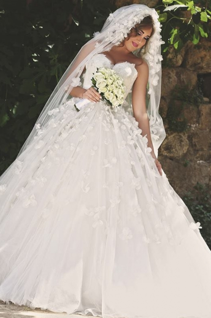 Vintage Sweetheart Tulle Ball Gown Wedding Dress with Flowers Lace Custom Made  Bridal Gowns