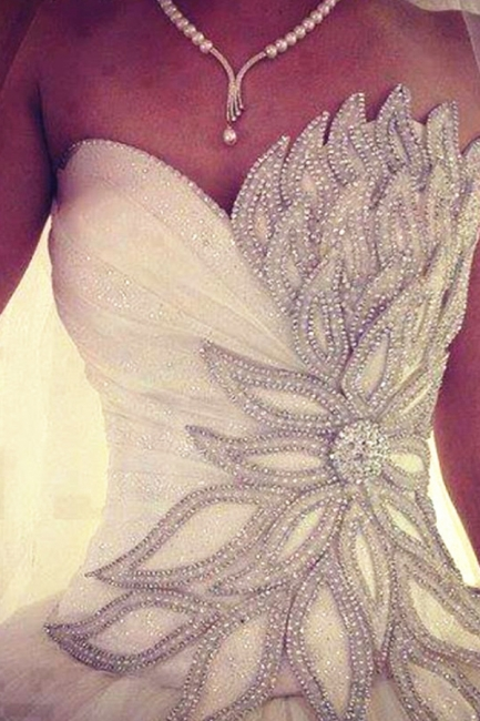 White Crystal Attractive  Bridal Dresses Sexy Luxurious Stunning Ball Gowns