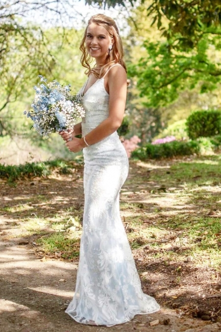 Stunning Column Long Wedding Dresses Stilysh Spaghetti Straps V-Neck Bridal Gowns On Sale