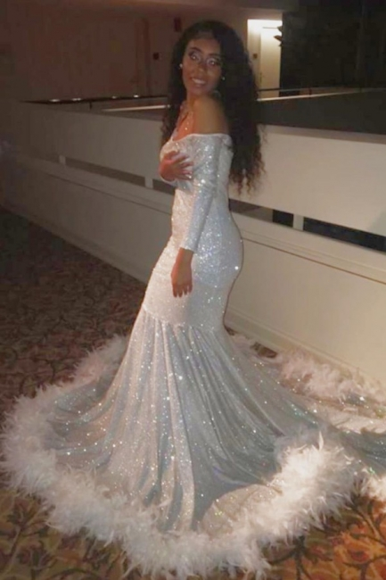 Gorgeous Off-the-Shoulder Mermaid Prom Dress Spartkly Long Sleeves Sequins Evening Dresses with Fur