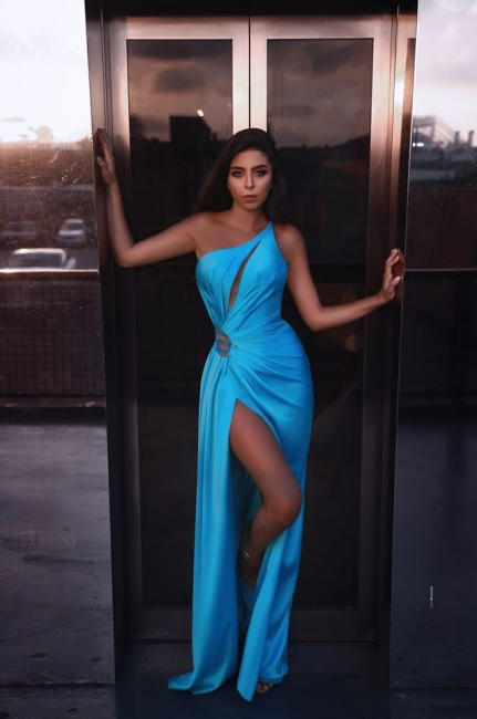 Stunning One-Shouder Ruffle Mermaid Prom Dress Sexy Side Slit Sky Blue Party Dresses Online