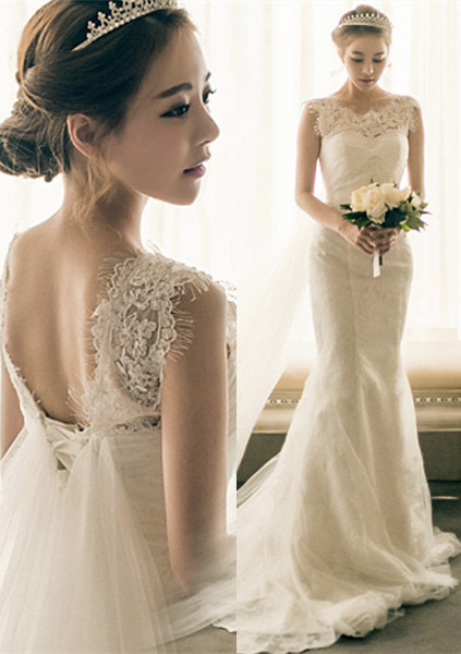 White Chapel Train Sleeveless  Bridal Dresses Elegant Lace-Up Mermaid Sexy Wedding Gowns