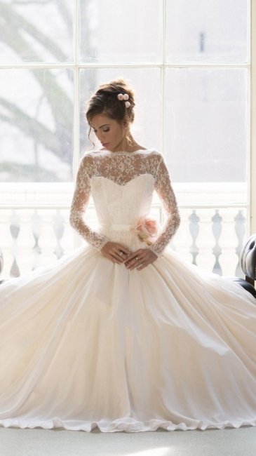Elegant Lace Ball Gown Princess Wedding Dresses  Long Sleeve Custom Made Bridal Gown