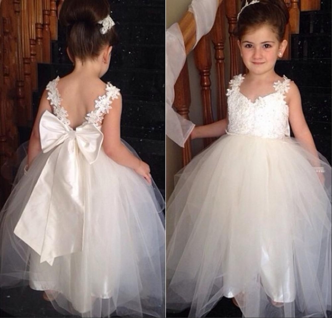 Cute Tulle Lace Applique  Flower Girl Dresses Backless Long Bowknot Children Gowns BO8533