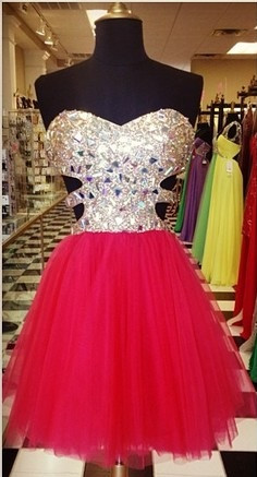Cute Sweetheart Crystal Short Cocktail Dress A-Line Popular Tulle Mini Homecoming Dresses