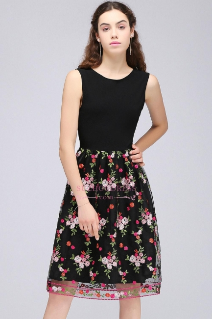 https://www.suzhoudress.co.uk/sleeveless-a-line-tulle-flowers-short-black-homecoming-dresses-g21824?cate_2=29