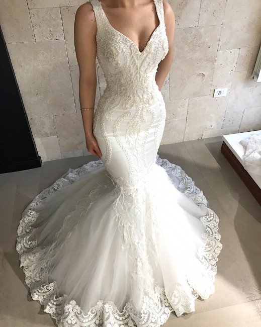 Glamorous Sleeveless Tulle Lace Wedding Dresses Straps Fit and Flare Beads Appliques Bridal Gowns Online