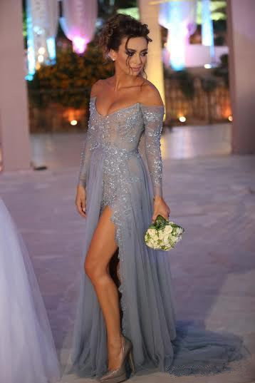 Tiered Sexy Tulle Long Sleeve Evening Dresses Open Back Alluring Sweep Train Special Occassion Dresses