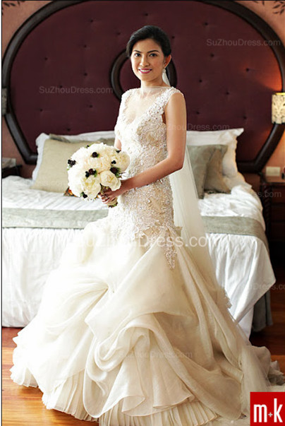 Organza Bridal Dresses Sequined Appliques Beading Tiered Draped Short Sleeve Chapel Train Wedding Gowns