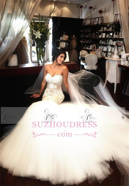 Delicate Sleeveless Mermaid Lace Appliques Bridal Dress  Sweetheart Tulle Wedding Dress