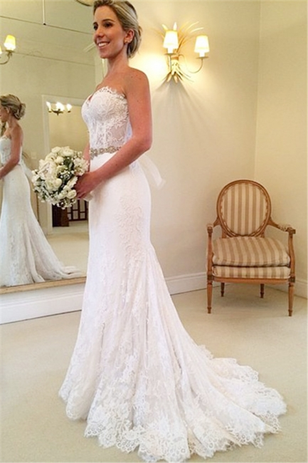 Beautiful Sweetheart White Lace Wedding Dress Popular Crystal Long Bridal Gown for Women