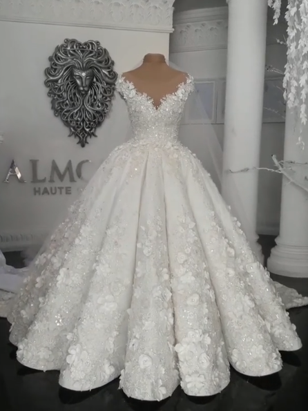 Vintage Off-the-Shoulder Floral Beading Wedding Dresses Ball Gown Bridal Gowns Online