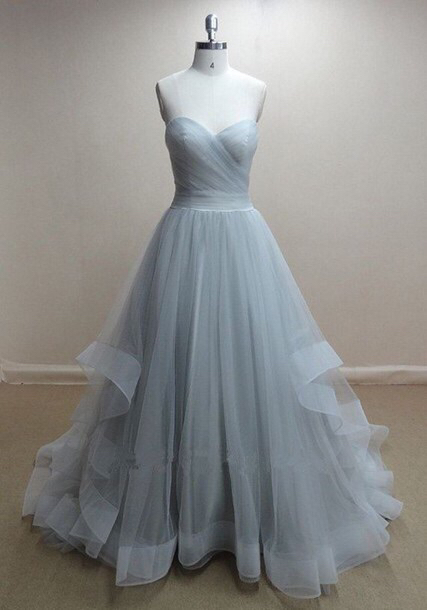 Sweetheart Organza Ball Gown Evening Dresses Sweep Train Ruffles  New Popular Prom Gowns