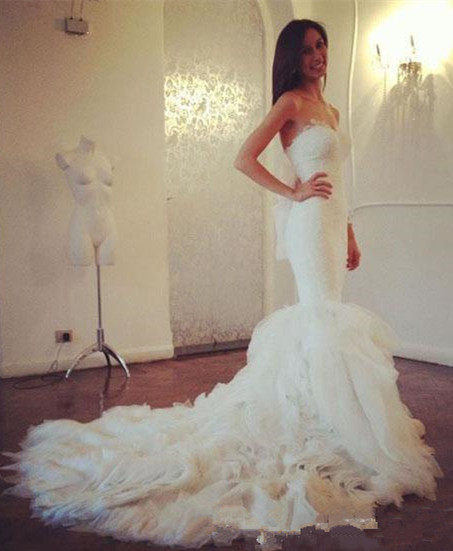 White Lace Sexy Mermaid Sweetheart Wedding Dress Beautiful Court Train Tulle Long Bridal Gown