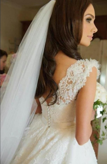 Vintage Spaghetti Strap Lace Bridal Gown A-Line Tulle Custom Made Wedding Dress
