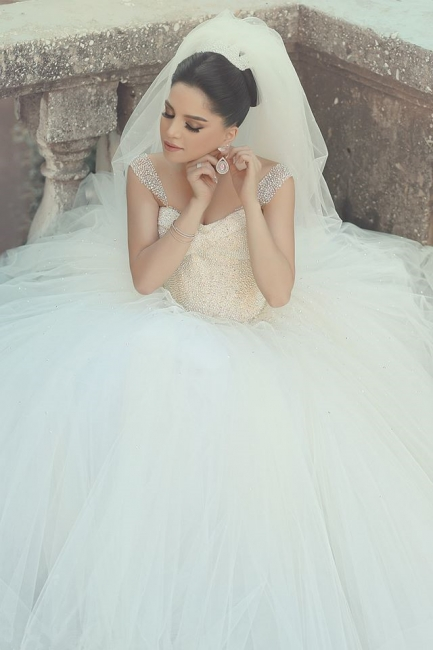 Crystal White Tulle Long Ball Gown Wedding Dress with Beadings Off Shoulder Elegant Formal Bridal Gowns