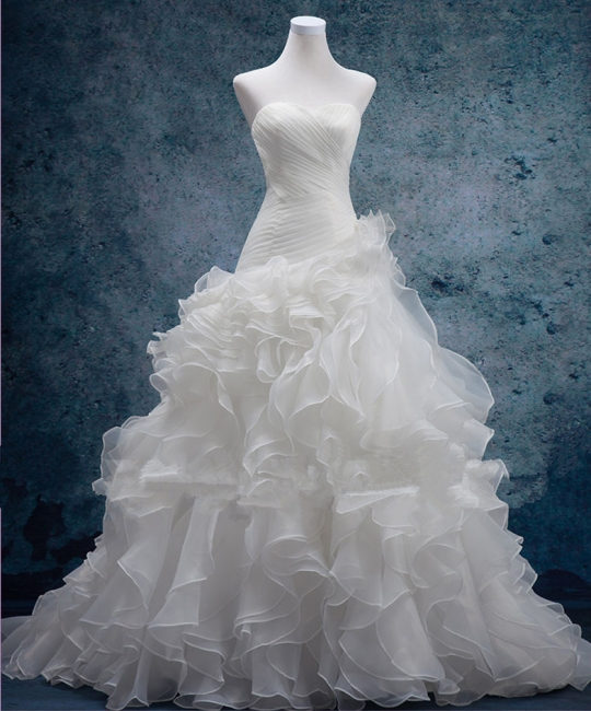 Sexy Sweetheart White Organza Long Wedding Dress Latest Court Train Lace-Up Bridal Gowns