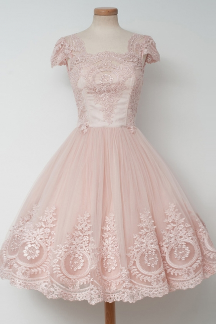Cute Pink Short Lace Homecoming Dresses Latest Natural Mini Cocktail Gowns