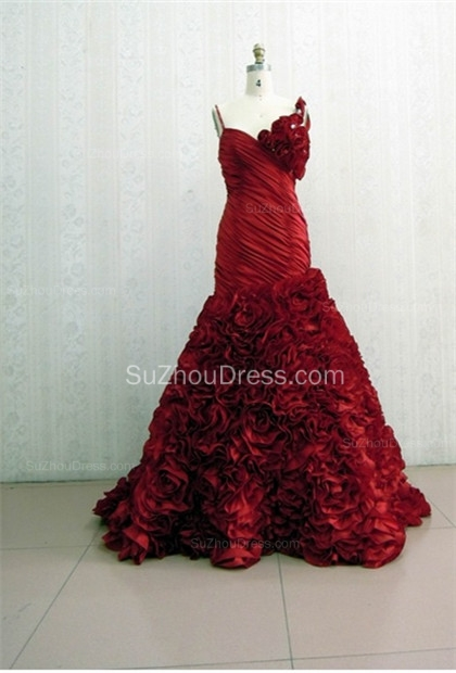 Red Spaghetti Straps Quinceanera Dresses  Ruffle Sweep Train Sleeveless Prom Gowns with Handmade Flower