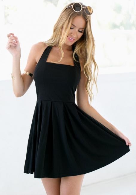 Black Halter Summer Beach Dresses Sleeveless Mini Zipper Homecoming Gowns