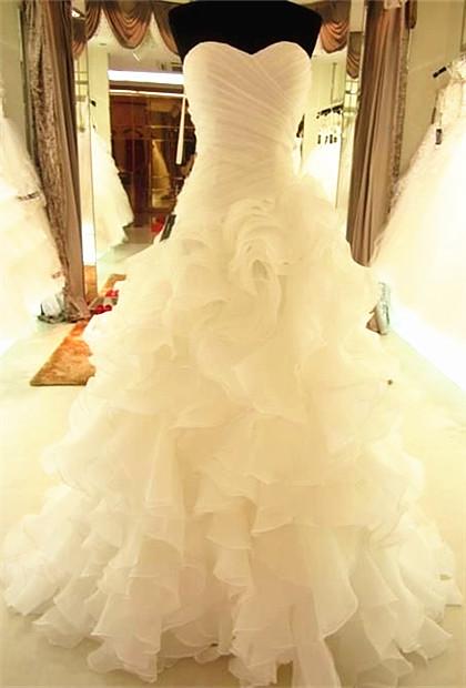 Ruffles Tiered High Quality Wedding Dresses  with Long Train Organza Bridal Dress