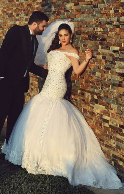White Sexy Mermaid Off Shoulder Wedding Dress with Beadings Tulle Lace Court Train Formal Bridal Gown