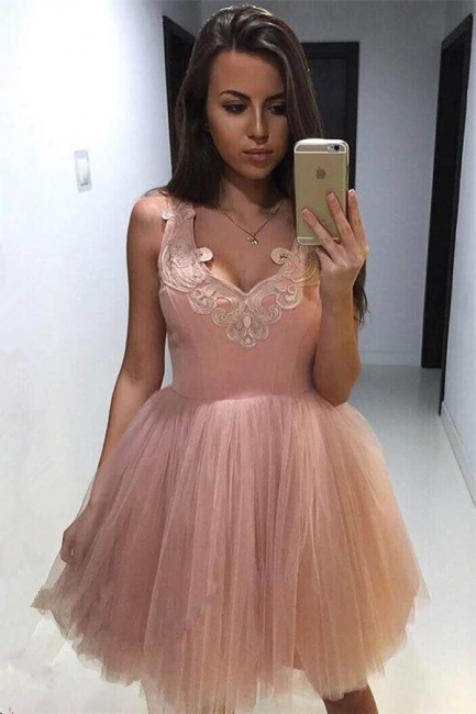 V-neck Appliques Pink Homecoming Dresses   Puffy Tulle Short Hoco Dress