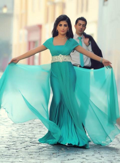 New Arrival Short Sleeve Green Long Evening Dress Latest Crystal Chiffon Formal Occasion Dress