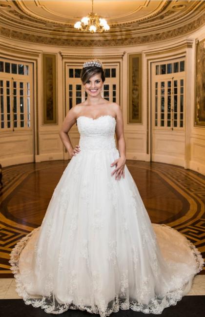 Strapless Sweetheart Lace Long Train Wedding Dress   Bride Dresses