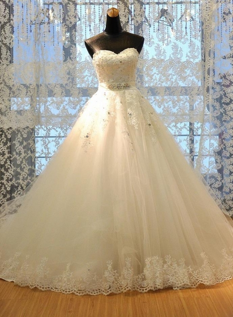 Crystal Lace Sweetheart  Bridal Dresses Chapel Train Elegant Lace-Up Wedding Dresses